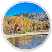 Fall On The Snake River Round Beach Towel