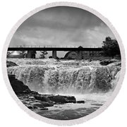 Falls Of The Big Sioux Round Beach Towel