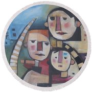 Family In Garden With Cat Round Beach Towel