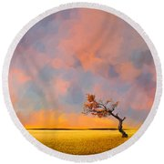 Far Away Sunset With Old Tree Round Beach Towel