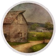Farm - Barn - The Old Gray Barn  Round Beach Towel