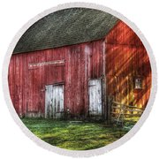 Farm - Barn - The Old Red Barn Round Beach Towel