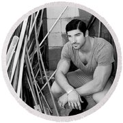 Faubourg Alley Man Bw Round Beach Towel