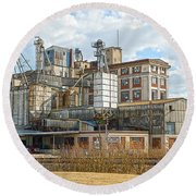 Feed Mill Hdr Round Beach Towel