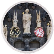 Figures On Staromestska Vez In Prague Round Beach Towel