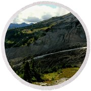 Finger Of Nisqualy Round Beach Towel