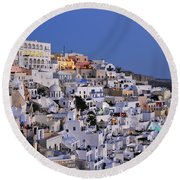 Fira Town During Dusk Time Round Beach Towel