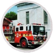 Fireman - Fire Engine In Front Of Fire Station Round Beach Towel