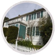 Fischer-hanlon House Benicia California Round Beach Towel