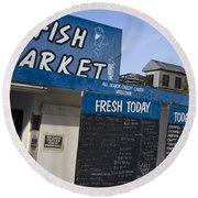 Fish Market In Hobart Round Beach Towel