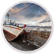 fishing boats 'XVI Round Beach Towel