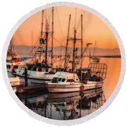 Fishing Fleet Sunset Boat Reflection At Fishermans Wharf Morro Bay California Round Beach Towel