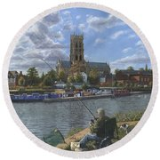 Fishing With Oscar - Doncaster Minster Round Beach Towel