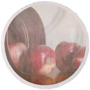 Five In A Row Round Beach Towel