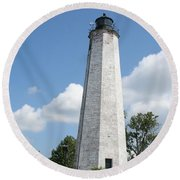 Five Mile Point Lighthouse Round Beach Towel