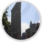 Flatiron Building - Manhattan Round Beach Towel