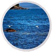 Flight Of The Seagulls Round Beach Towel