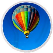 Floating Free In A Hot Air  Balloon Round Beach Towel