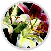 Florals In Contrast Round Beach Towel