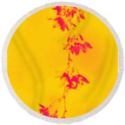Florets In Ochre Round Beach Towel