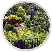 Flower And Garden Signage Walt Disney World Round Beach Towel