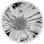 Flower In Black And White Round Beach Towel