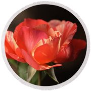 Flower-tri Toned-rose Round Beach Towel
