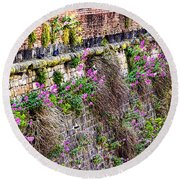 Flower Wall Along The Arno River- Florence Italy Round Beach Towel