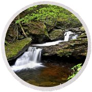 Flowing Falls Round Beach Towel