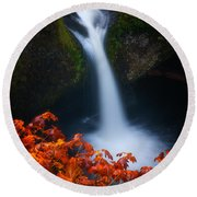 Flowing Into Fall Round Beach Towel