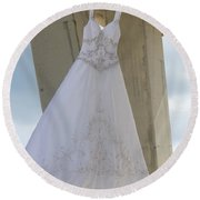 Flying Wedding Dress 3 Round Beach Towel