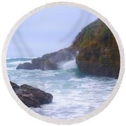 Foam In The Fog Round Beach Towel