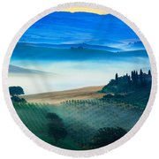 Fog In Tuscan Valley Round Beach Towel