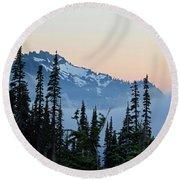 Mt. Rainier's Foggy Sunset Round Beach Towel