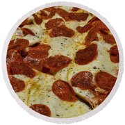 Food - Pepperoni Pizza Round Beach Towel