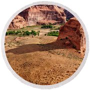 Footprints In The Sand  Canyon Dechelly Round Beach Towel