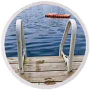 Footprints On Dock At Summer Lake Round Beach Towel