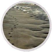 Footprints On The Beach Round Beach Towel