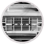 Ford Bronco Grille Emblem -0014bw Round Beach Towel