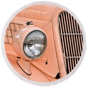 Ford Classic In Salmon Round Beach Towel