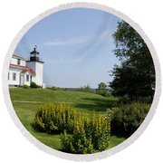 Fort Point Light Maine Round Beach Towel