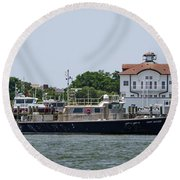 Fort Sumter Pilot Boat Round Beach Towel