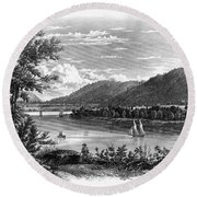 Fort Ticonderoga Ruins Round Beach Towel