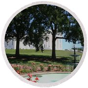 Fountain At Capitol Square  Round Beach Towel