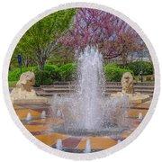 Fountain In Coolidge Park Round Beach Towel