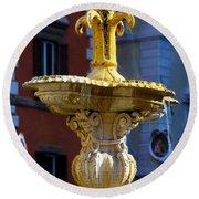 Fountain Piazza Farnese Round Beach Towel