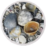 Four Beautiful Shells Round Beach Towel