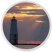 Frankfort North Breakwater Lighthouse Round Beach Towel