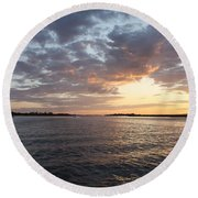 Freeport Cloudy Summertime Sunset Round Beach Towel
