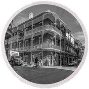 French Quarter Afternoon Bw Round Beach Towel by Steve Harrington